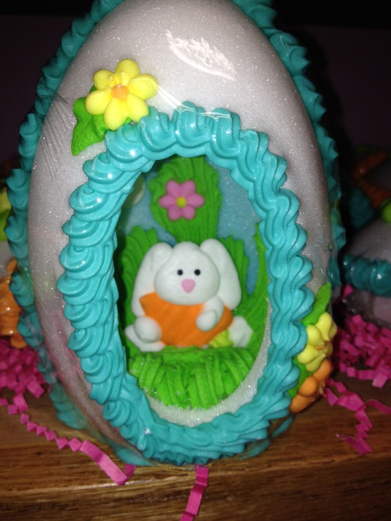Panoramic egg at Carousel Candies - large (2)