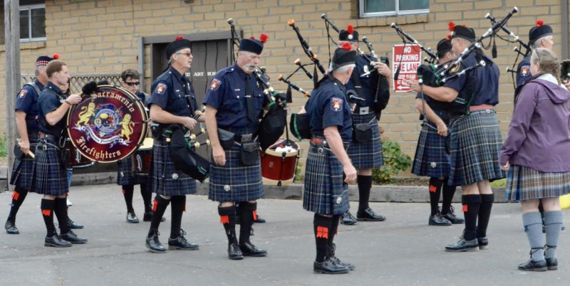 Firefighters pipe band