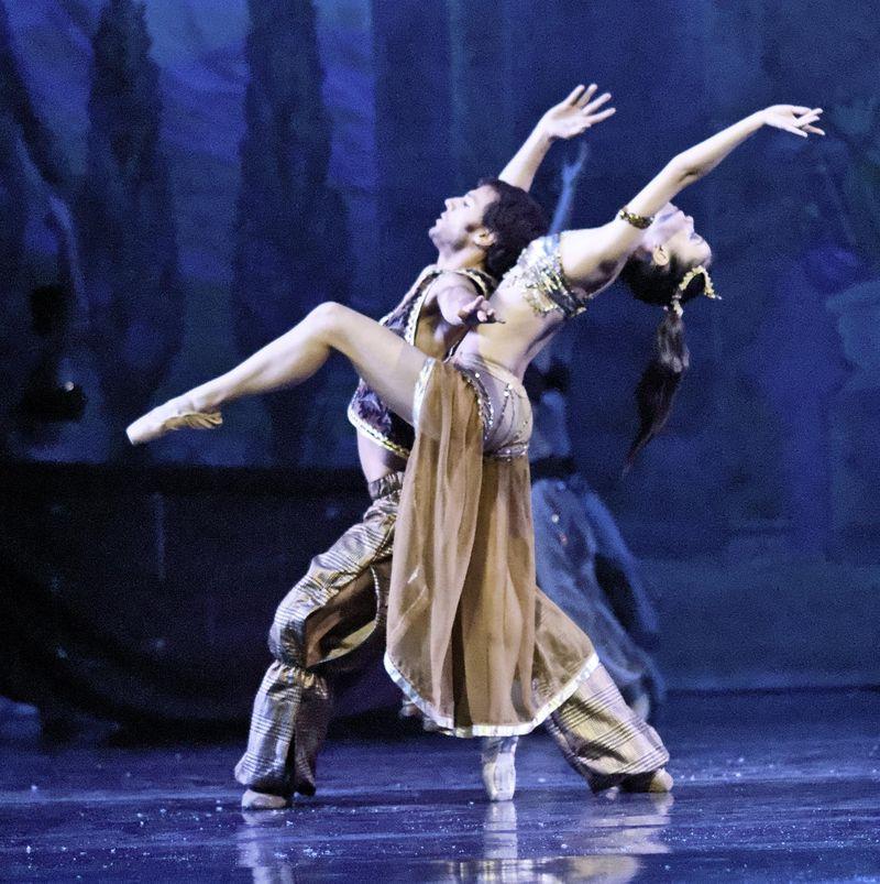 Peninsula Ballet Theatre 4